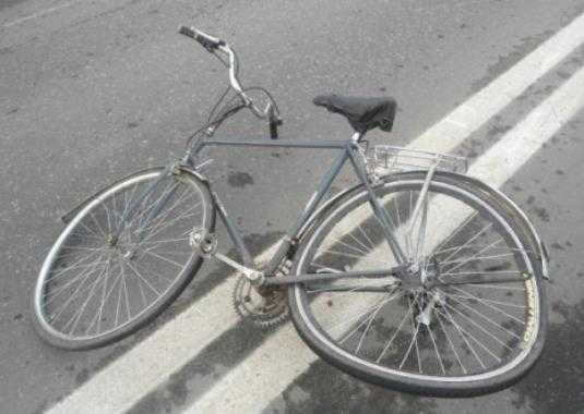 Брянская полиция ищет очевидцев наезда на 81-летнего велосипедиста