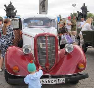 Из Перми в Брянск приехала сталинская «Эмка»