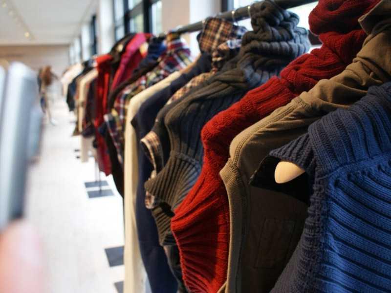В брянском магазине поймали похитителя курток и футболок