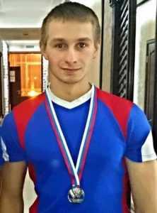 Брянский богатырь стал чемпионом Европы по гиревому спорту