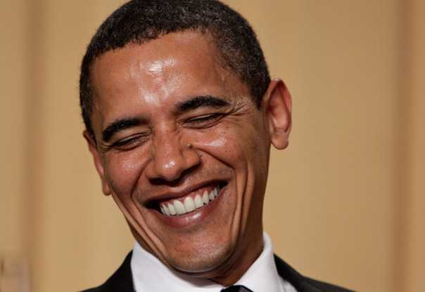 Обаме стало смешно от бомбежек