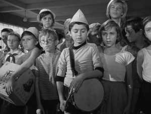 В брянских лагерях посторонние угрожали детям