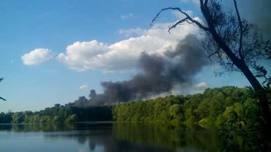 Над  Брянском черный дым — горит солярка на машиностроительном заводе