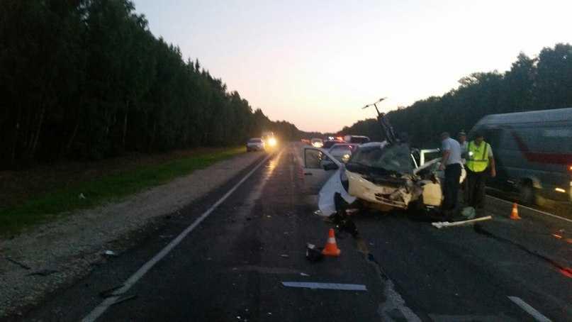 Двое детей и трое взрослых пострадали на дороге Брянск – Новозыбков
