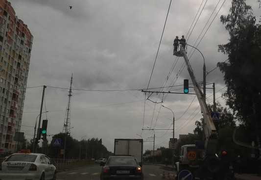 Брянских чиновников заставили осветить опасные дороги