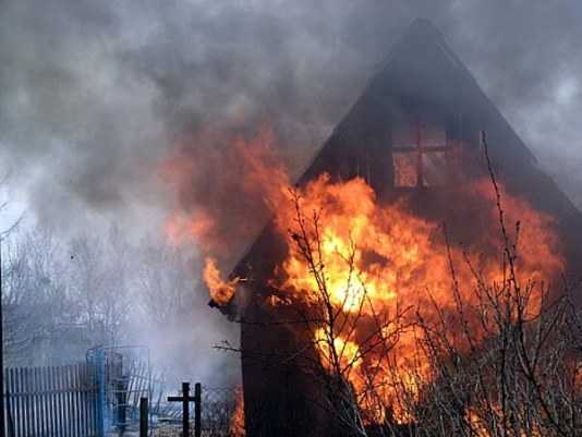 Жительница брянского села ответит за гибель младенца при пожаре