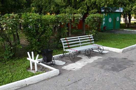 Железнодорожники помогли обустроить парк в Брянске