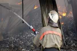 В брянском райцентре сгорел ангар