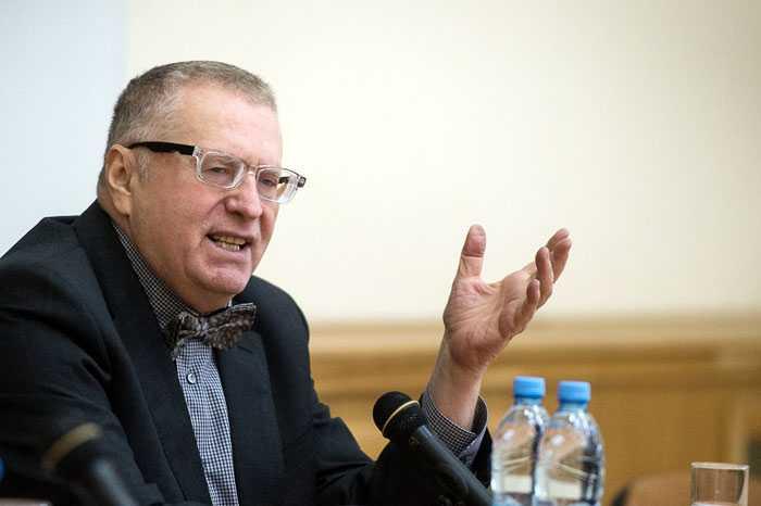 Жириновский будет срывать погоны с брянских таможенников