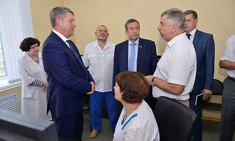 Брянские власти помогут жуковской больнице открыть новые отделения