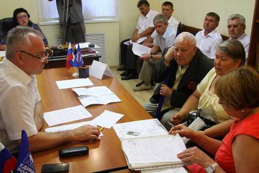 У градоначальника Брянска попросили дорог и автобусов