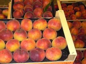 В Брянской области уничтожили огромную партию фруктов