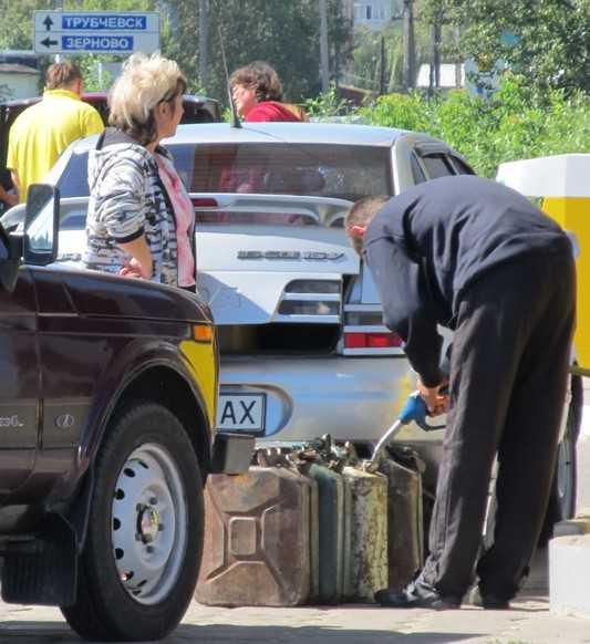 Украину лишат брянского бензина и табака