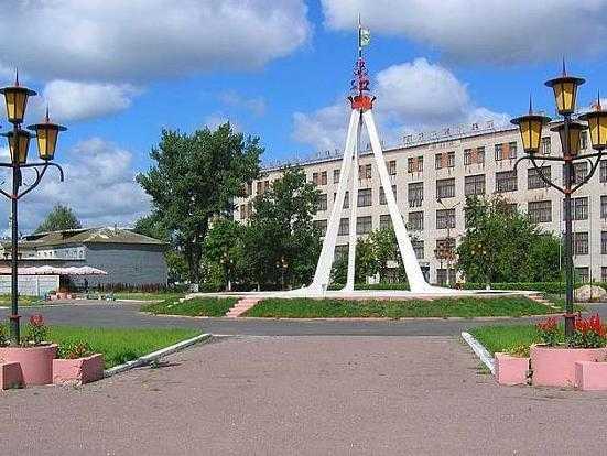 В брянском городе разобрали памятник Дружбы славянских народов