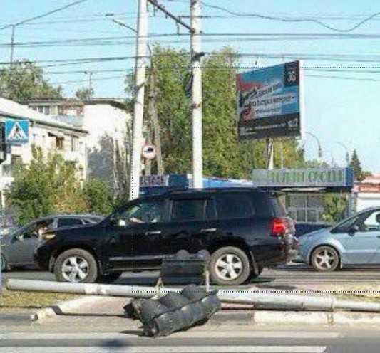 В Брянске завалили светофор