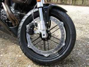 В брянском райцентре разбился мотоцикл с подростками