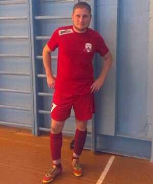 Игрок брянского футбольного клуба сыграл в Донецке
