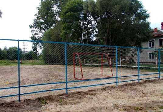 В брянском посёлке Белые Берега обновят «Детский городок»