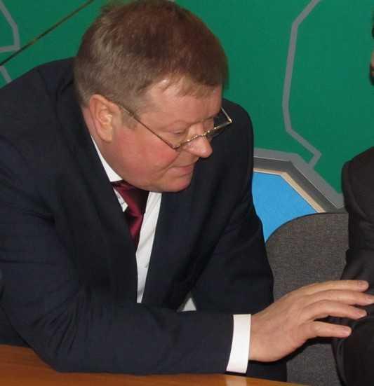 Брянский глава назвал хамским поступок руководителя Карачевского района