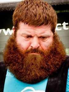 Россиянам запретили носить бороды