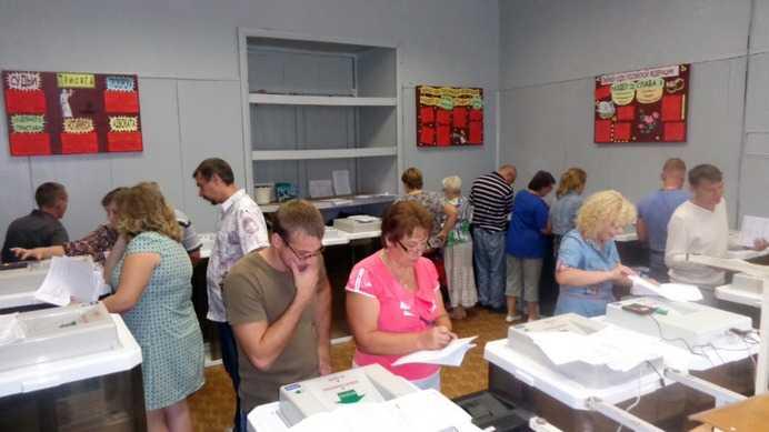 Сотрудников избирательных комиссий научили пользоваться автоматикой