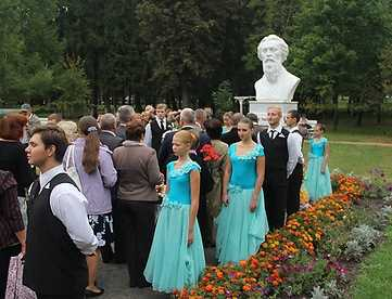 В брянской усадьбе Толстого прошел праздник «Серебряная лира»