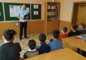 Актёры брянского ТЮЗа подарили праздник юным нарушителям