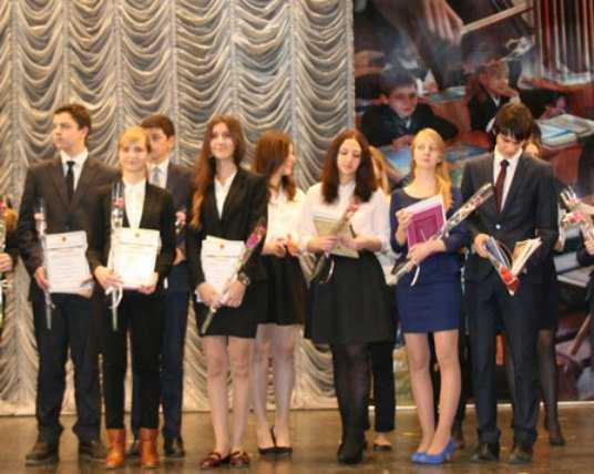 На «Красной дорожке» в Брянске наградят талантливую молодёжь