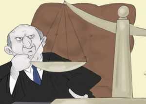 Брянского судью обвиняют в вынесении незаконных решений