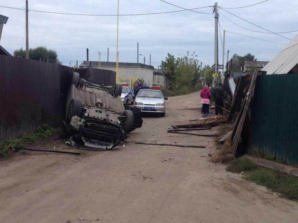 Пьяный брянский водитель перевернулся, уходя от погони