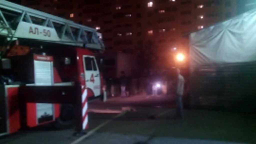 При пожаре в брянском торговом центре никто не пострадал