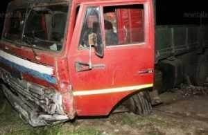 Иномарка столкнулась с брянским грузовиком — два человека погибли