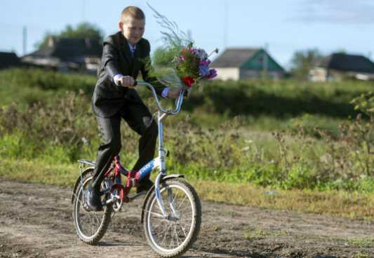В Брянске пенсионер проломил голову школьнику-велосипедисту