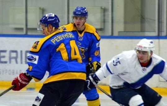 Хоккейный «Брянск» взял реванш, перестреляв «Липецк» по буллитам