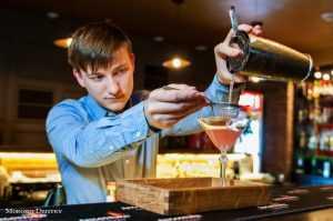 В брянском «Честере» готовят необычные коктейли
