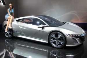 «Хонда» прекратит поставки автомобилей в Россию