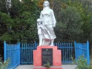 В брянской деревне восстановили памятник жертвам фашистов