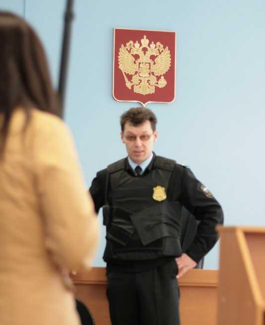 Суд над бывшим брянским губернатором Дениным будет условно открытым