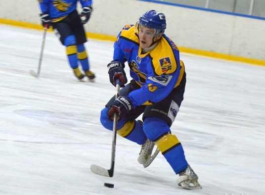 Хоккейный «Брянск» вошёл в шестёрку лучших, одолев «Белгород»