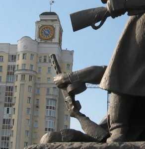 Брянск до нищеты наигрался в исторические города