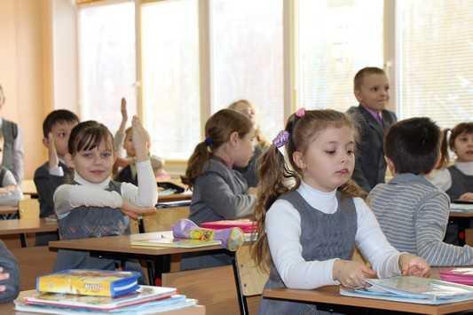 Большинство брянских школ попали в список плохо освещенных