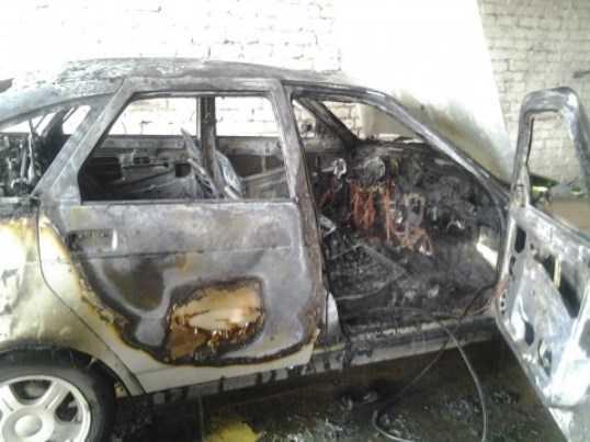На брянской трассе сгорела легковушка