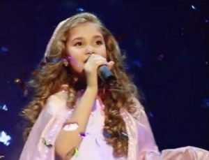 Брянская школьница Настя Гладилина выступит в программе «Голос. Дети»