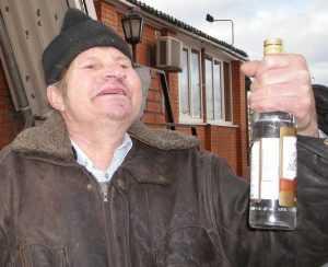 Наркологи попросили брянцев смести с прилавков алкоголь