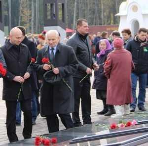 На брянском мемориале «Хацунь» прошел митинг памяти