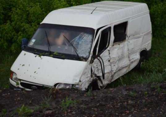Под Брянском разбился микроавтобус – погиб человек,  двое ранены