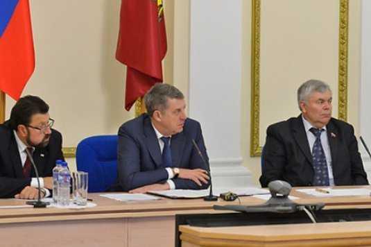 Брянский губернатор велел чиновникам взять под контроль капремонт