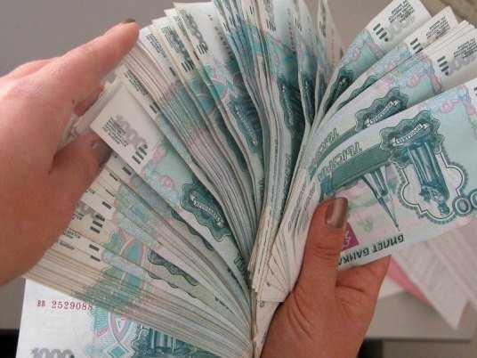 Брянскую торговку будут судить за неуплату миллиона