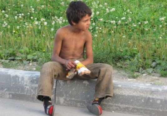 В Брянске насчитали 200 цыган, не желающих учиться в школе