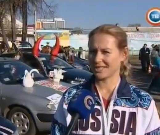 Брянская сотрудница ДПС показала класс вождения в Гомеле